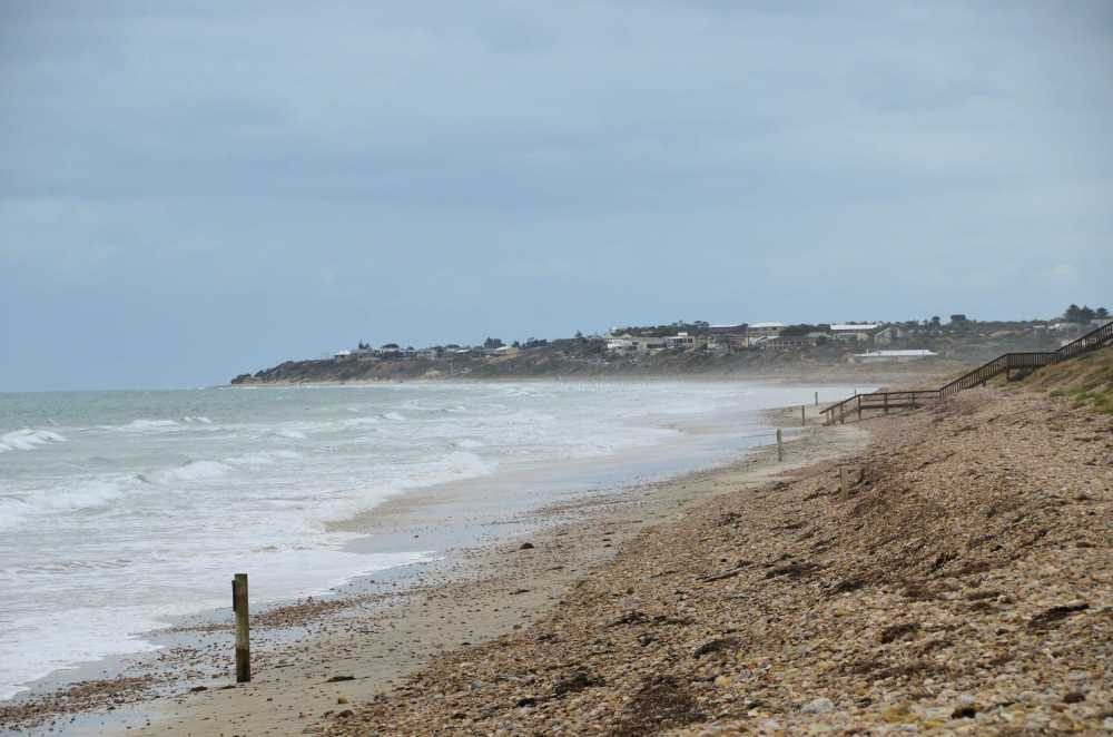 P6-Sellicks Beach High tide.jpg