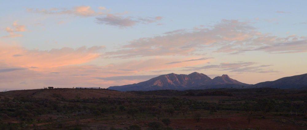 sunrise over sonder