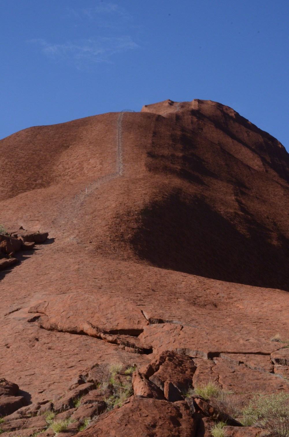 Uluru-sacred rock-2013